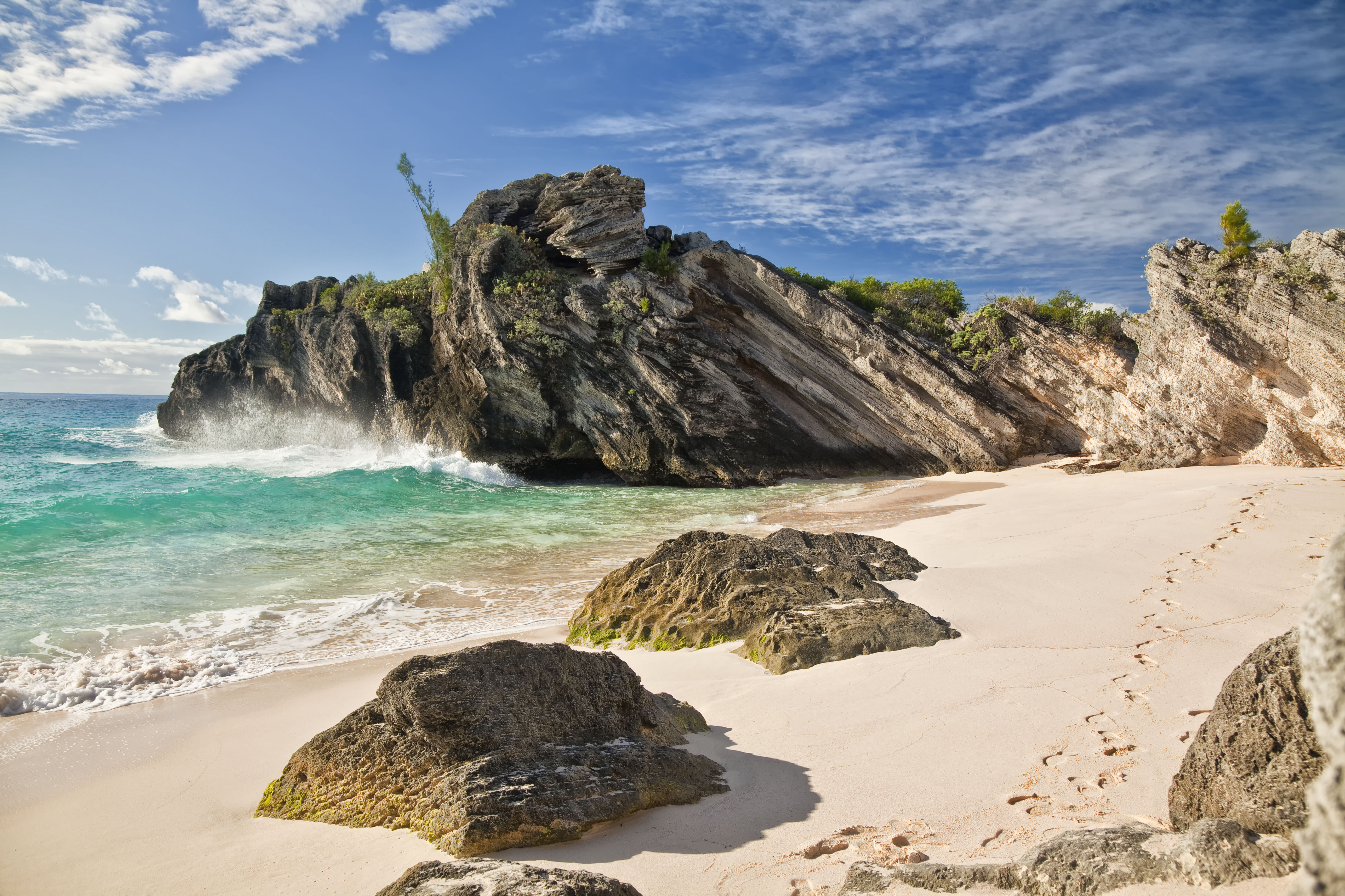 Travel To Bermuda With Us We Work With The Best