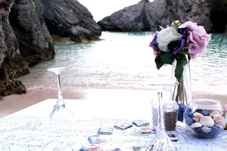 Romantic Date On the Beach - Table Decorations