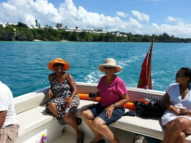 Charter This 32' Charter Boat in Bermuda - Up to 16 People